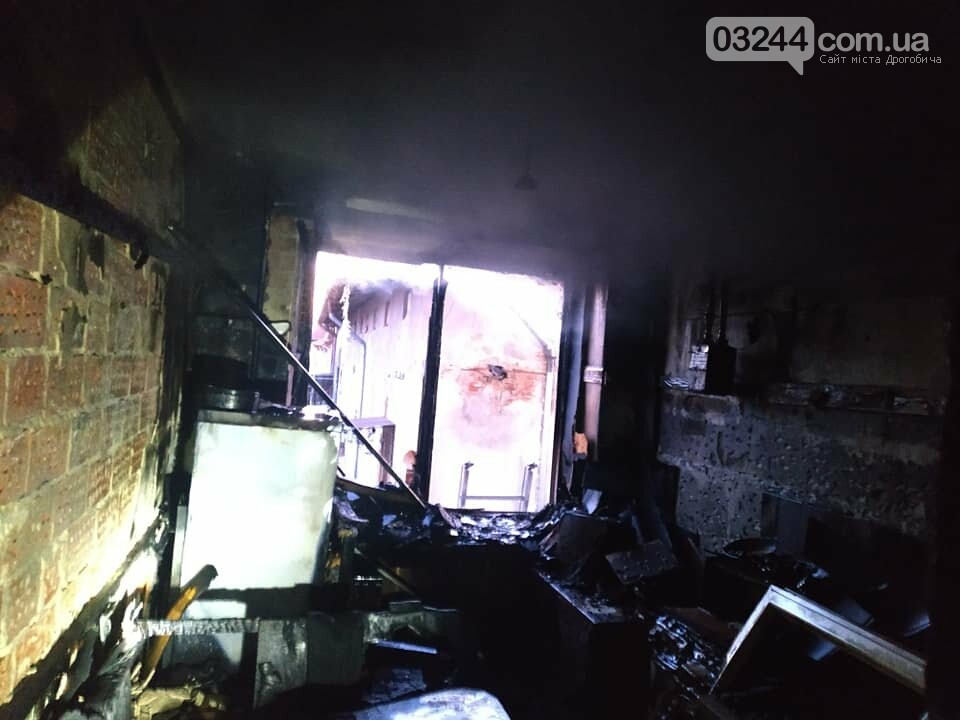 Пожежа на Площі Ринок у Дрогобичі - ДОПОВНЕНО, фото-3