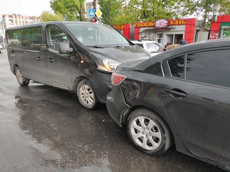 Потрійна ДТП у Дрогобичі, біля автостанції, - ФОТО, фото-5
