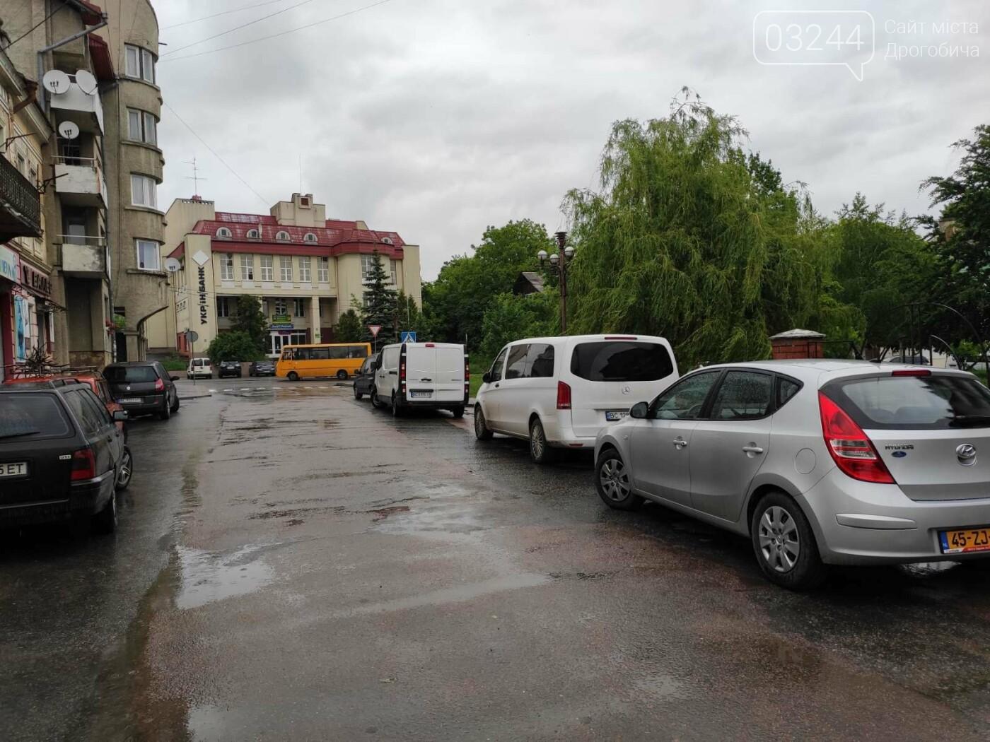 Після запуску платної системи паркування у центрі міста суттєво поменшало машин, - ФОТОРЕПОРТАЖ, фото-21