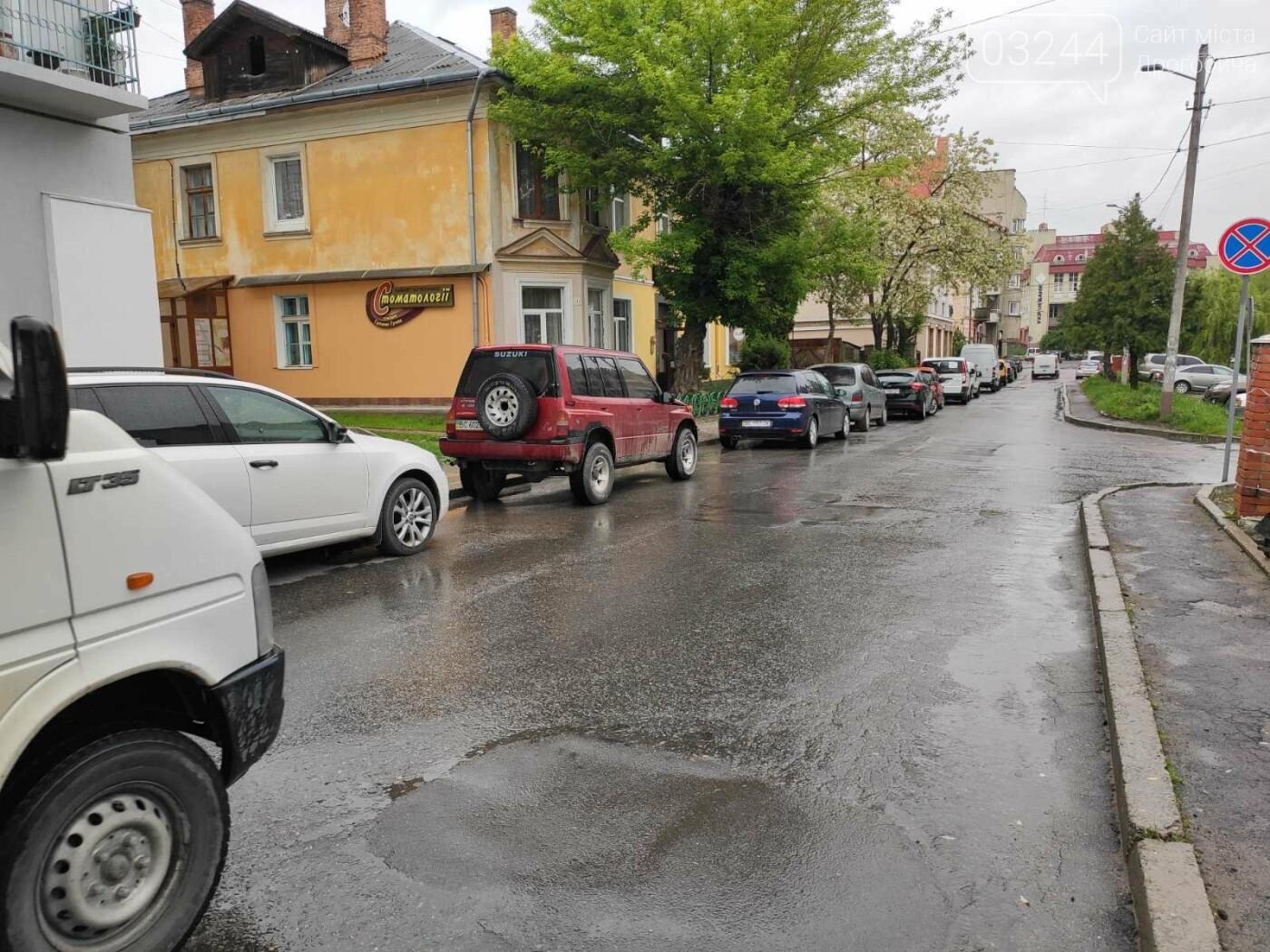 Після запуску платної системи паркування у центрі міста суттєво поменшало машин, - ФОТОРЕПОРТАЖ, фото-19