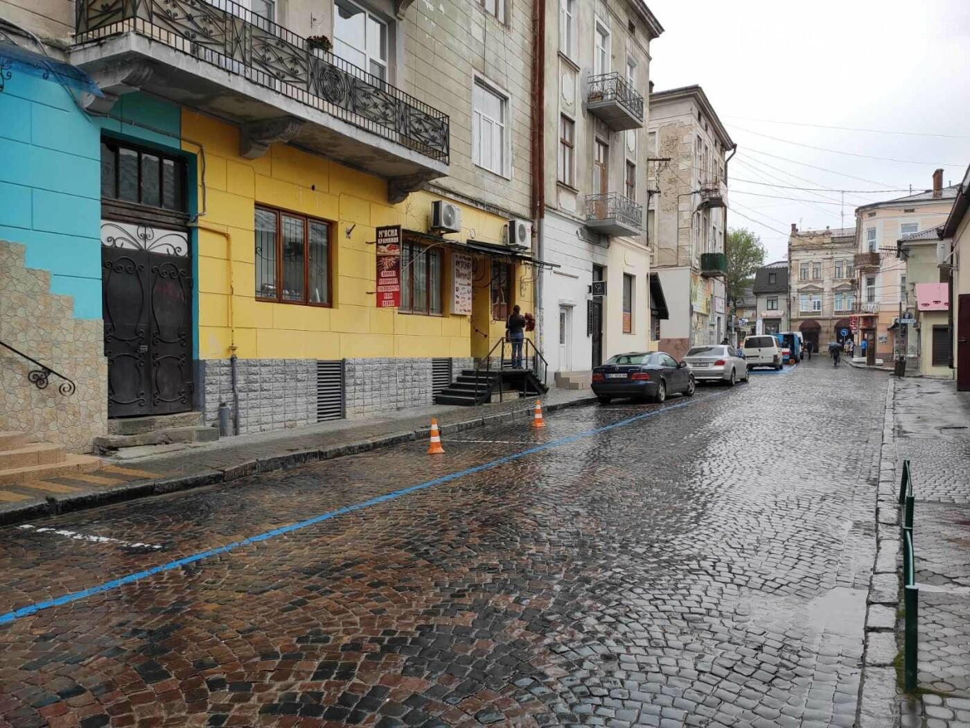Після запуску платної системи паркування у центрі міста суттєво поменшало машин, - ФОТОРЕПОРТАЖ, фото-5