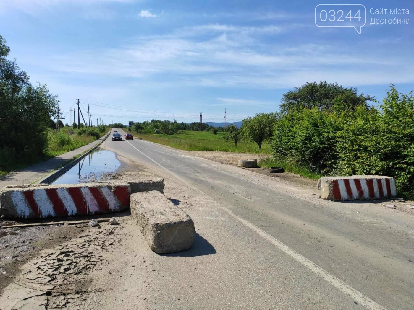 Дорогу на Трускавець вчергове відкрили: вночі відсунули бетонні блоки, - ФОТО, фото-7