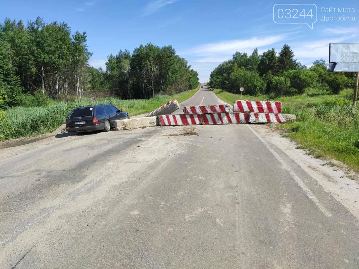 Дорогу на Трускавець вчергове відкрили: вночі відсунули бетонні блоки, - ФОТО, фото-6