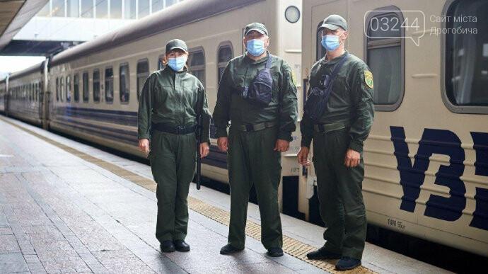 Воєнізована охорона супроводжуватиме 10 пасажирських поїздів, - Укрзалізниця, фото-2