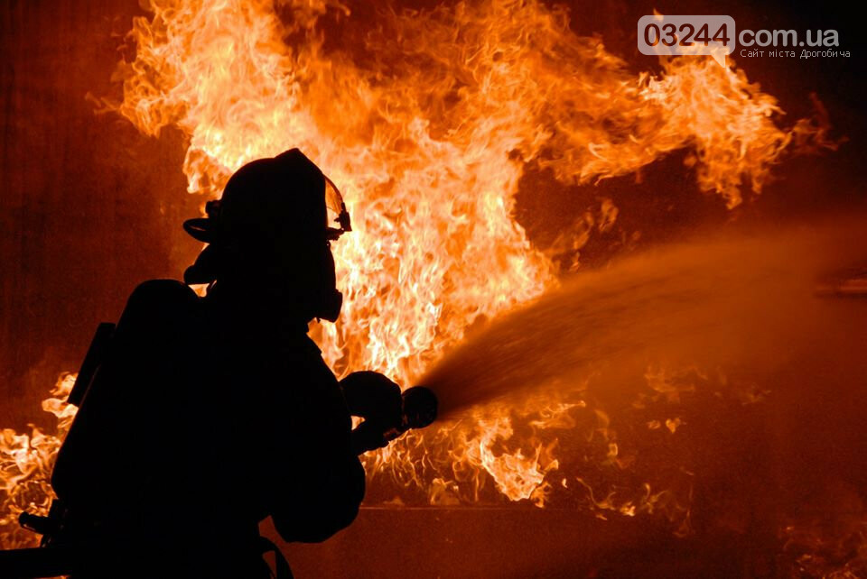 У Дрогобичі під час пожежі в житловому будинку загинули двоє людей, фото-1
