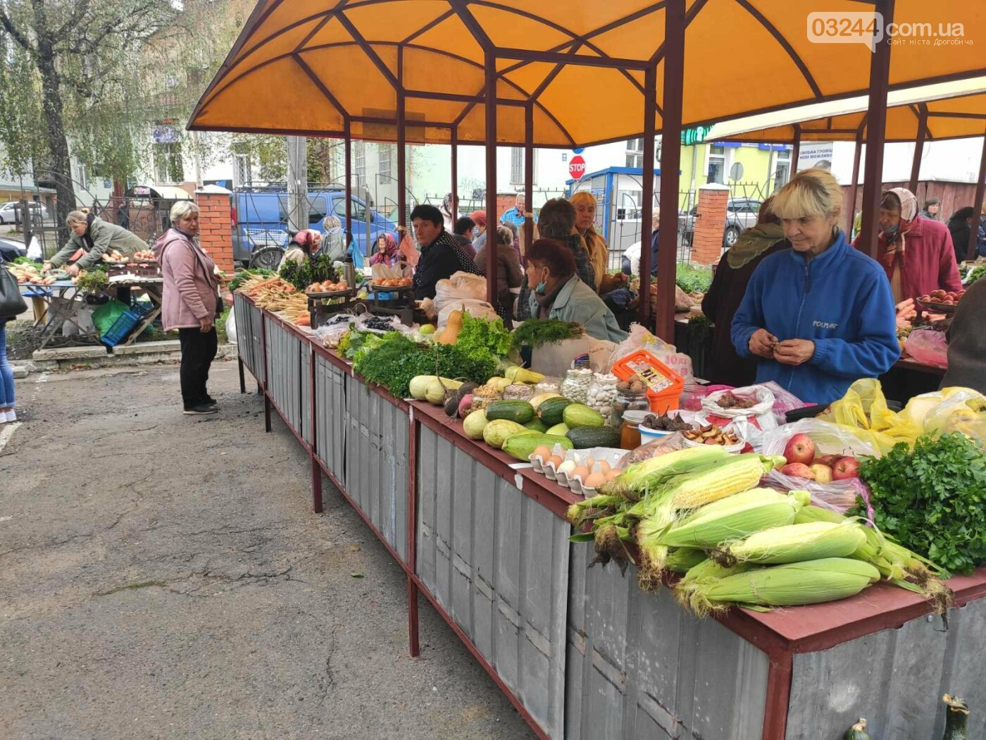 У Дрогобичі зрушення - стихійні торговці із Ковальської перейшли на новооблаштований ринок, - ФОТОРЕПОРТАЖ, фото-5