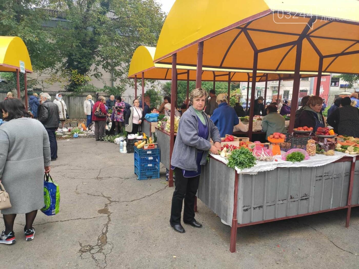 У Дрогобичі зрушення - стихійні торговці із Ковальської перейшли на новооблаштований ринок, - ФОТОРЕПОРТАЖ, фото-3