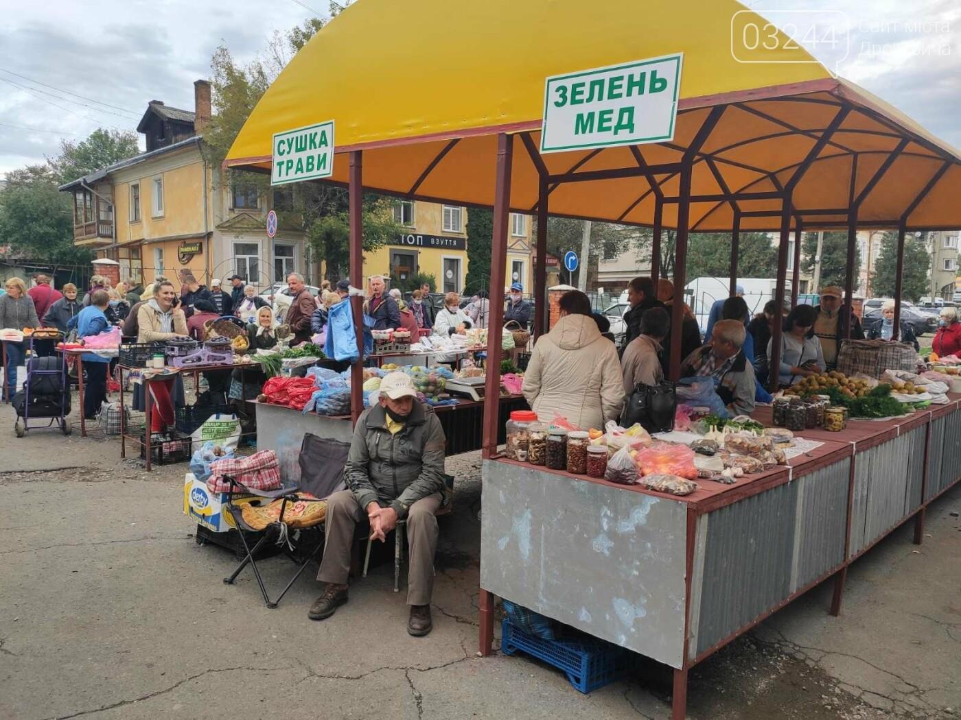 У Дрогобичі зрушення - стихійні торговці із Ковальської перейшли на новооблаштований ринок, - ФОТОРЕПОРТАЖ, фото-6