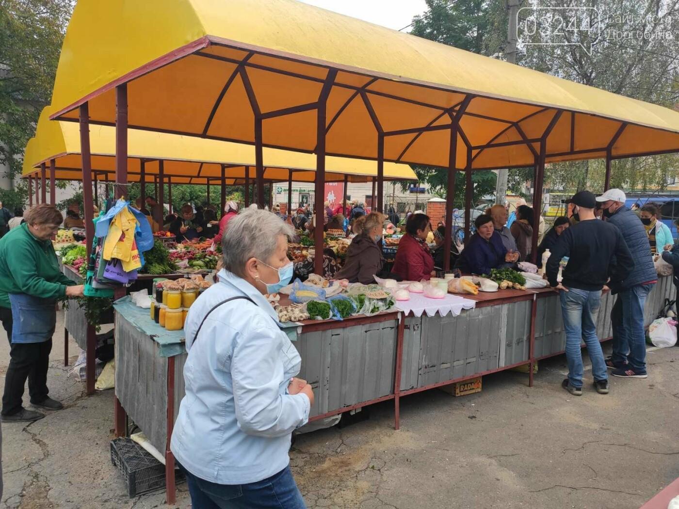 У Дрогобичі зрушення - стихійні торговці із Ковальської перейшли на новооблаштований ринок, - ФОТОРЕПОРТАЖ, фото-7