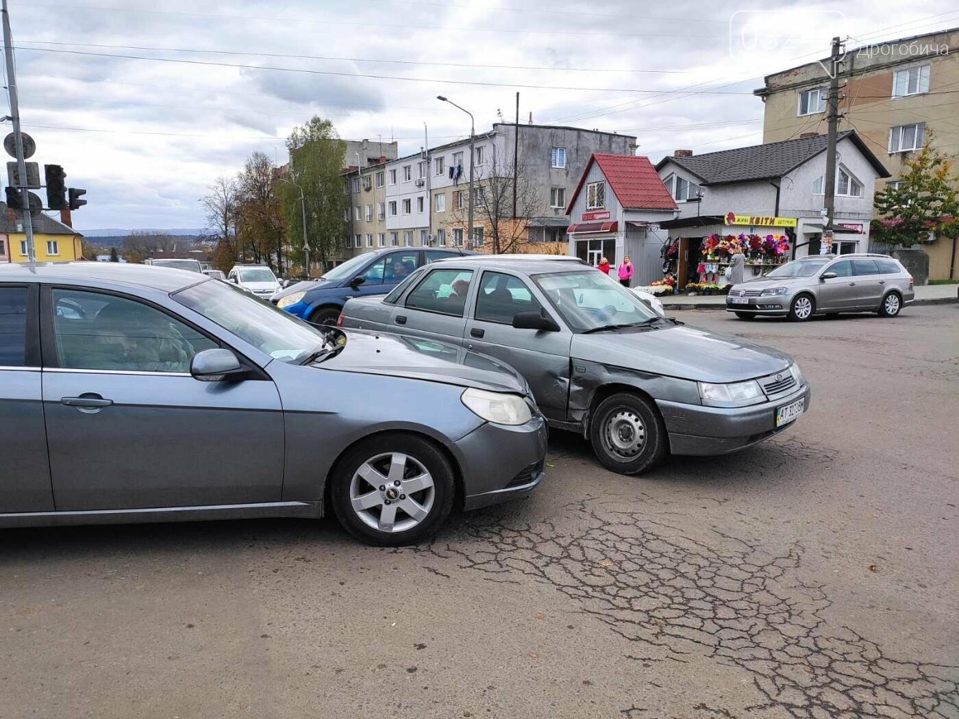 ДТП у Дрогобичі, на вулиці Грушевського, - ФОТО, фото-3