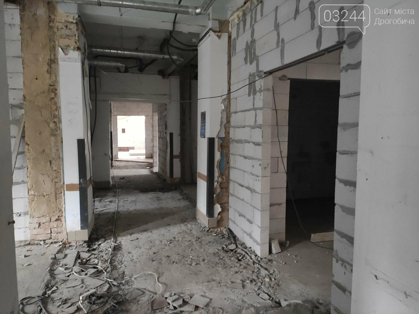 Дрогобицька міська лікарня №1 оновлює  приймальне відділення  – стартував капремонт приміщення  , фото-3