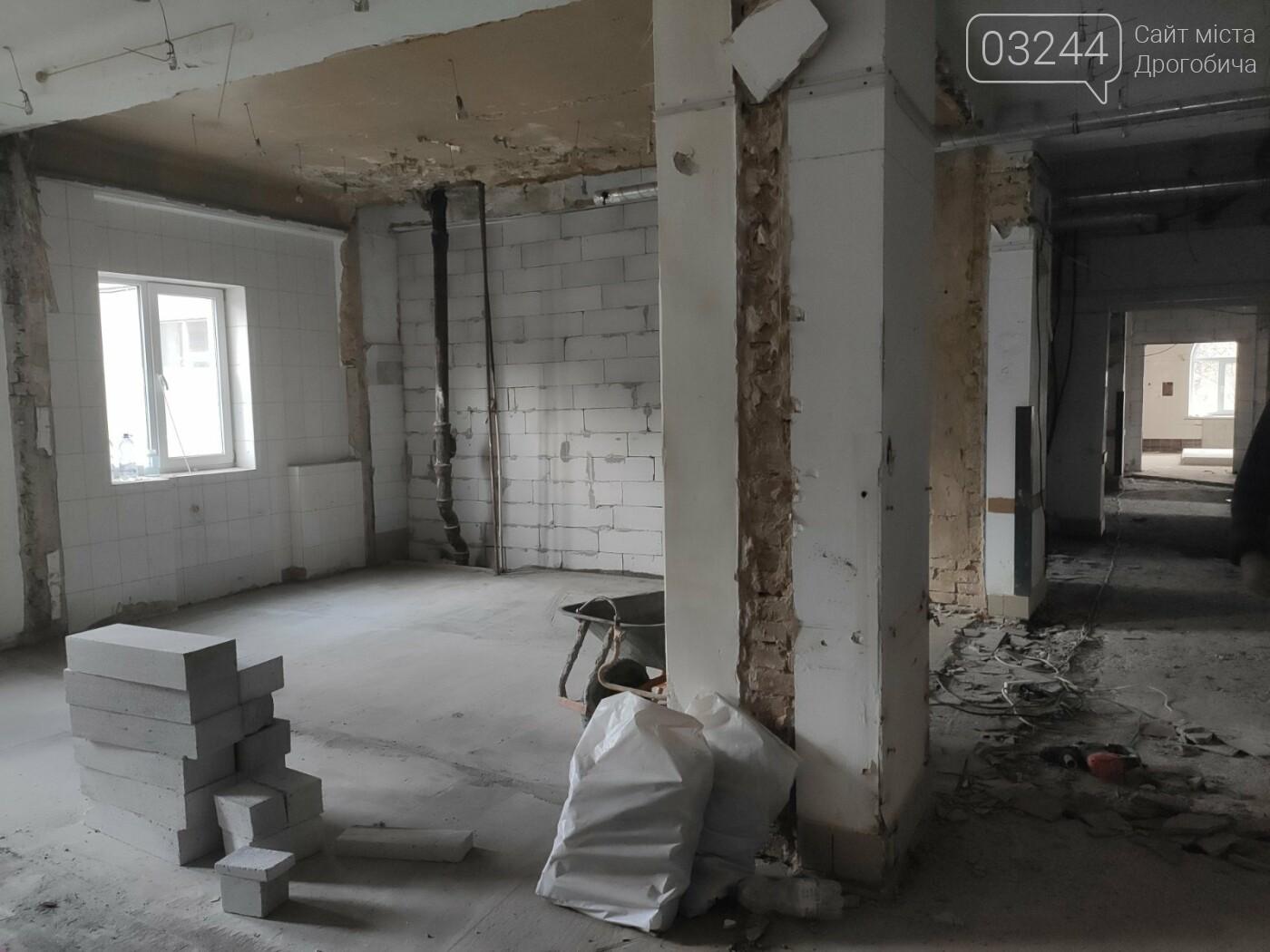 Дрогобицька міська лікарня №1 оновлює  приймальне відділення  – стартував капремонт приміщення  , фото-4