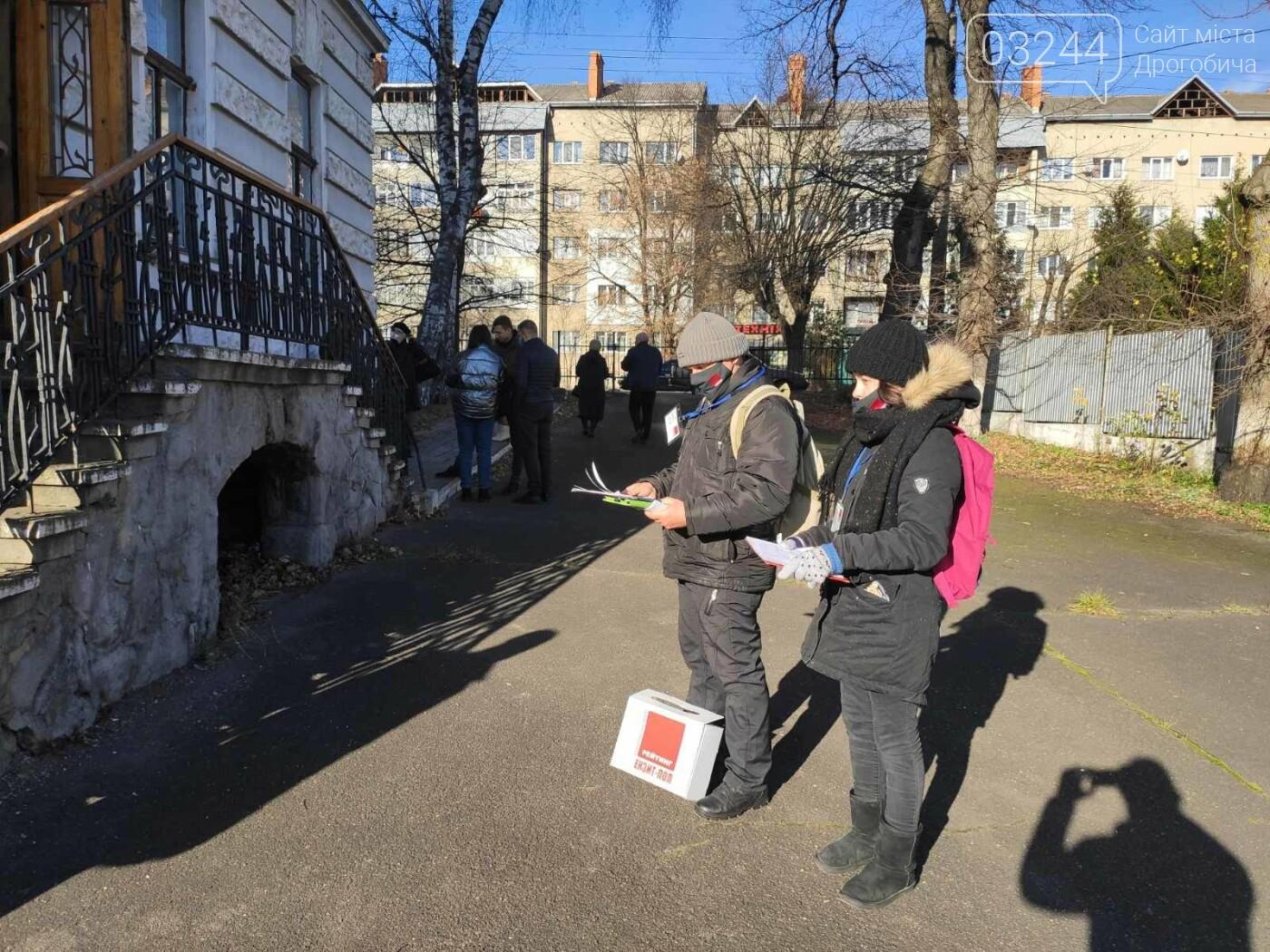 Соціологічна група «Рейтинг» вдруге у Дрогобичі проводить екзит-пол на виборах, - ФОТО, фото-4