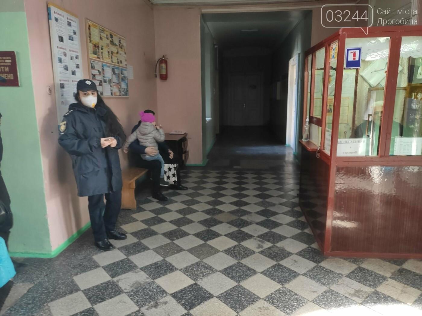 Соціологічна група «Рейтинг» вдруге у Дрогобичі проводить екзит-пол на виборах, - ФОТО, фото-8
