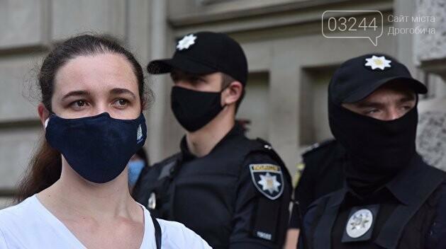 За чотири дні в Україні складено понад дві тисячі протоколів за неносіння масок, фото-1