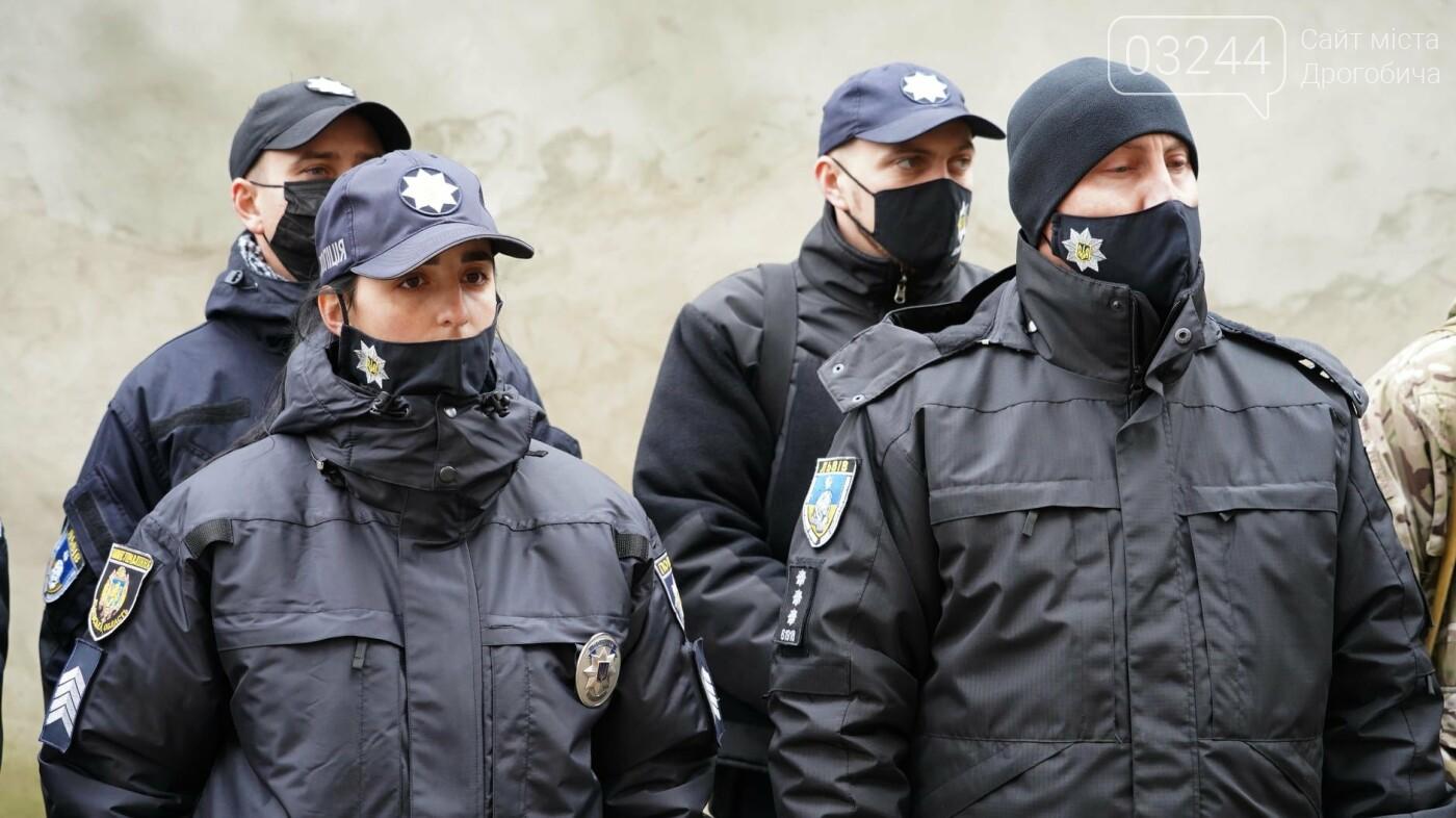 Стежитимуть за порядком - загін правоохоронців Львівщини в порядку ротації вирушив  на схід України, фото-2