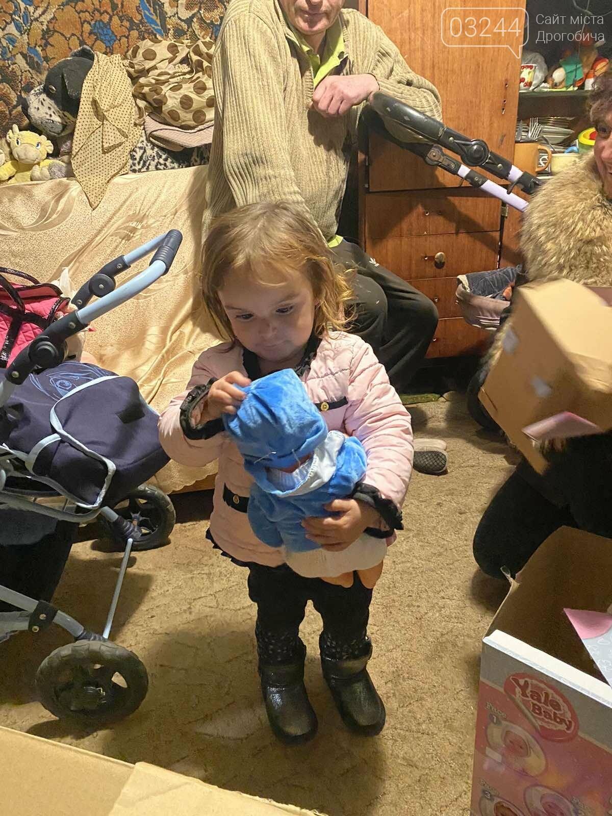 «Є сім'ї, які потребують не дорогих телефонів, а їжі та одягу», - Катя Максимова про благочинну акцію для потребуючих родин, фото-12