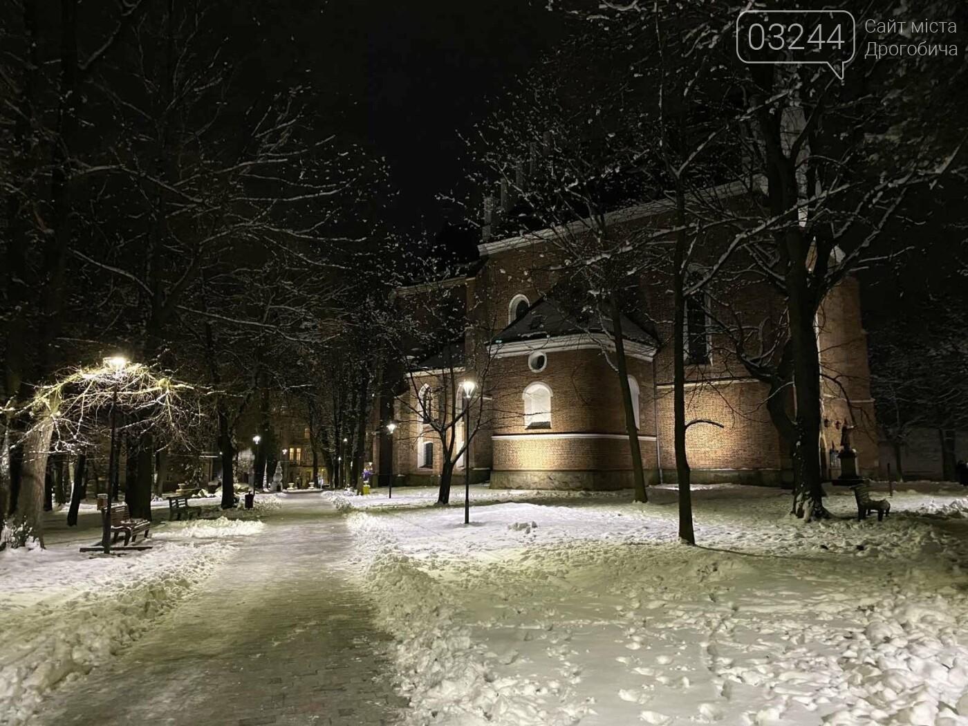 Снігова магія нічних вулиць Дрогобича, - Фоторепортаж, фото-2