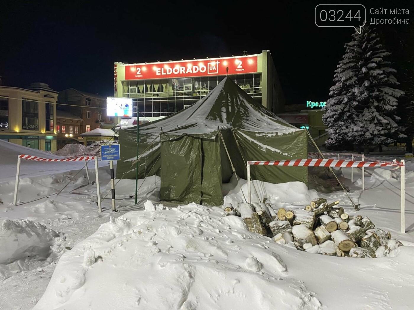 Притрусило: негода перетворила автівки, які не виїжджали кілька днів, на снігові кургани, - ФОТОРЕПОРТАЖ, фото-17