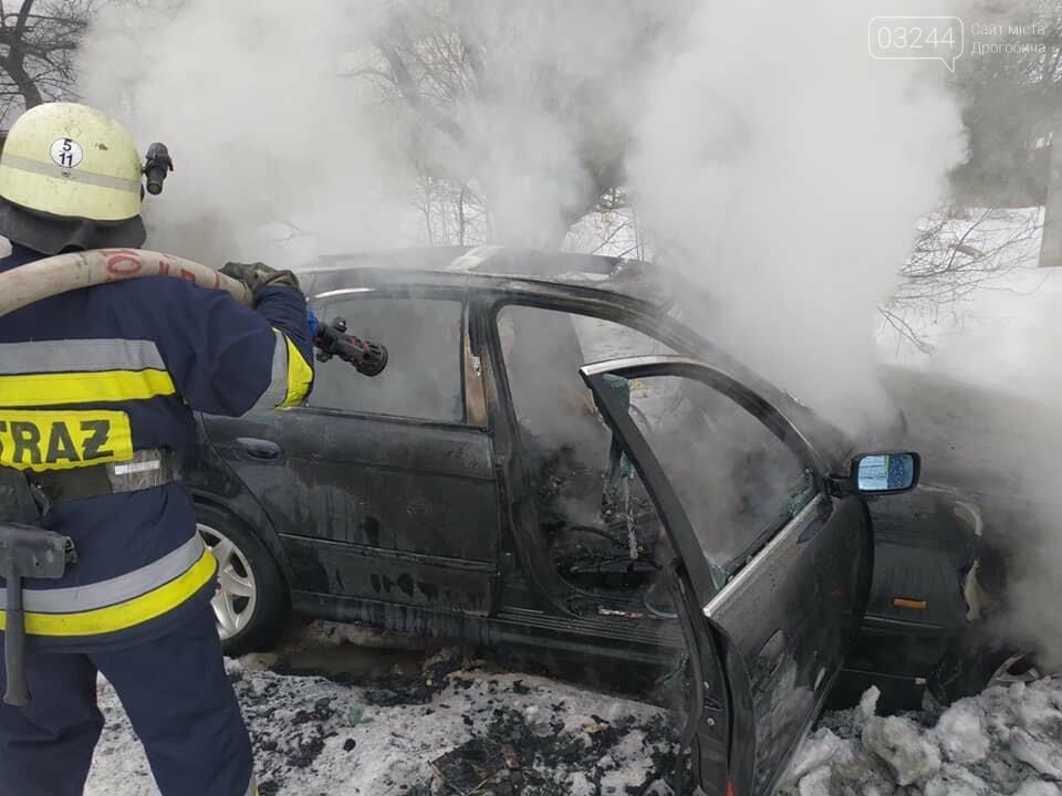 """У Дрогобичі згорів автомобіль """"BMW"""", фото-3"""