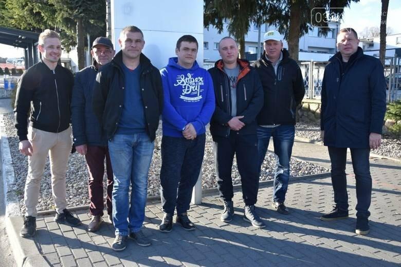 Трьох українських заробітчан преміювали за порятунок самогубці у Польщі, фото-2